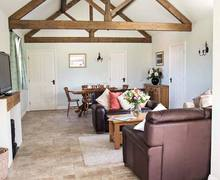 Snaptrip - Last minute cottages - Exquisite Consett Lodge S6755 -