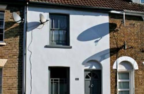 Snaptrip - Last minute cottages - Splendid Whitstable Cottage S6787 -