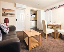 Snaptrip - Last minute cottages - Exquisite Burnham On Sea Lodge S55488 - Gold Chalet