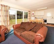 Snaptrip - Last minute cottages - Gorgeous Burnham On Sea Lodge S55503 - Typical SG 3 Bed Silver Chalet