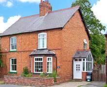 Snaptrip - Holiday cottages - Charming Christleton Cottage S6855 -