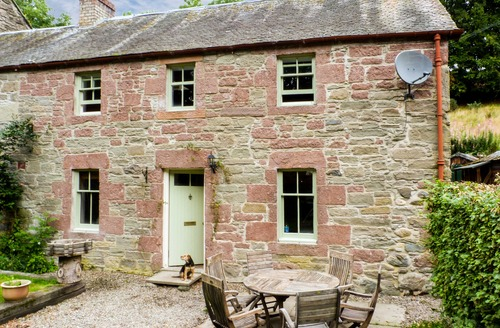 Snaptrip - Last minute cottages - Charming Caputh Cottage S6862 -