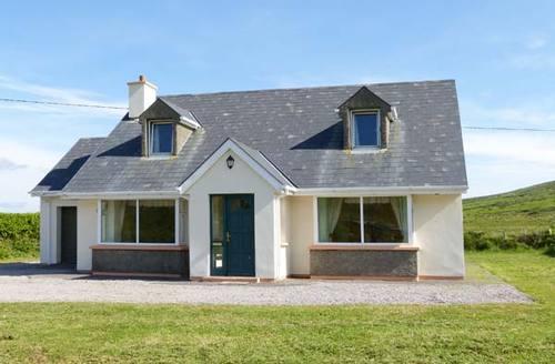 Snaptrip - Last minute cottages - Splendid Caherciveen Cottage S6873 -