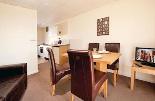Snaptrip - Last minute cottages - Inviting Burnham On Sea Lodge S55983 - SG 1 Bed Budget Chalet