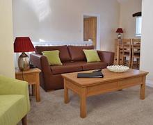 Snaptrip - Last minute cottages - Tasteful Berrier Lodge S56100 - Typical Eamont
