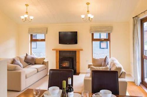 Snaptrip - Last minute cottages - Superb Greystoke Lodge S56366 - Typical Mosedale Premier 2