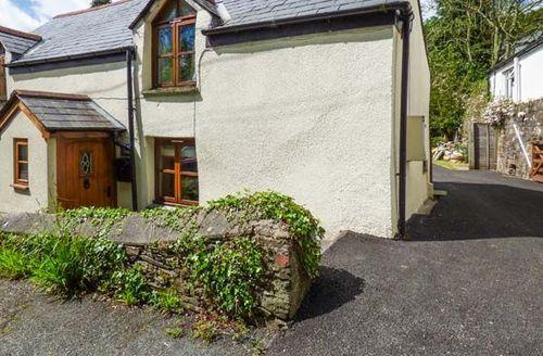 Snaptrip - Last minute cottages - Delightful Hessenford Cottage S56450 -