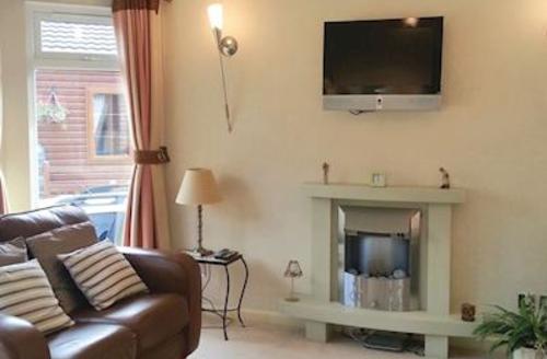 Snaptrip - Last minute cottages - Gorgeous Tunstall Lodge S56535 - Rabbit