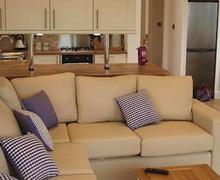 Snaptrip - Last minute cottages - Inviting Salcombe Lodge S56712 - Claragh Lodge
