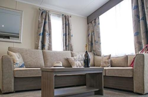 Snaptrip - Last minute cottages - Beautiful Newquay Lodge S56811 - Meadow 3