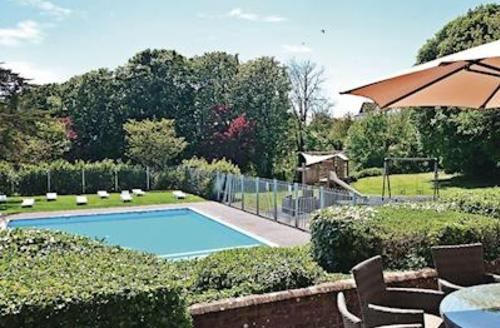 Snaptrip - Last minute cottages - Splendid Weymouth Lodge S56856 - Outdoor heated swimming pool