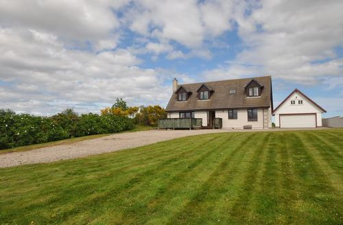 Snaptrip - Last minute cottages - Adorable Nairn Cottage S7141 -