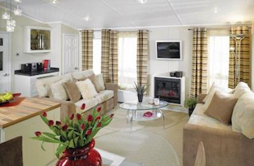 Snaptrip - Last minute cottages - Cosy Sandford Lodge S57100 - Typical Poole Lodge