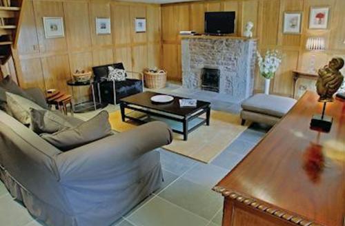Snaptrip - Last minute cottages - Adorable Kirkmichael Lodge S57120 - Tack-room Cottage