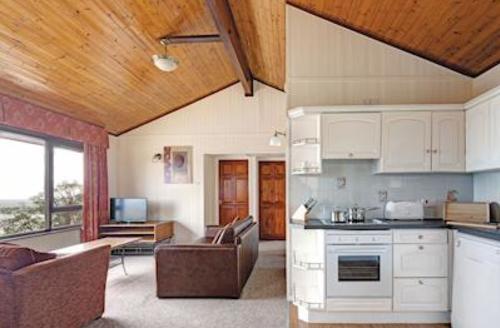 Snaptrip - Last minute cottages - Quaint Laugharne Lodge S57270 - Typical Silver Lodge<br />