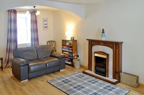 Snaptrip - Last minute cottages - Quaint Stranraer Cottage S57355 -
