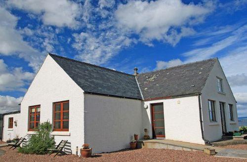 Snaptrip - Last minute cottages - Splendid Dingwall Cottage S7343 -