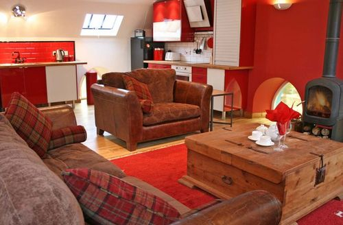 Snaptrip - Last minute cottages - Splendid Biggar House S7384 -