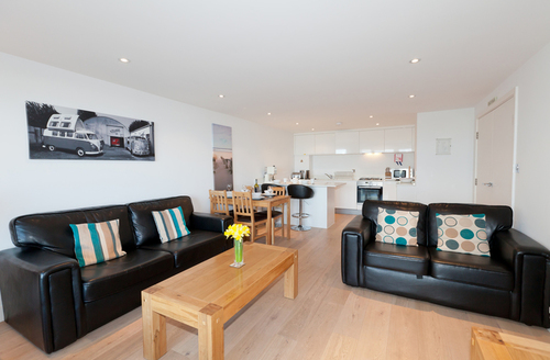 Snaptrip - Last minute cottages - Stunning Newquay Gate S917 -
