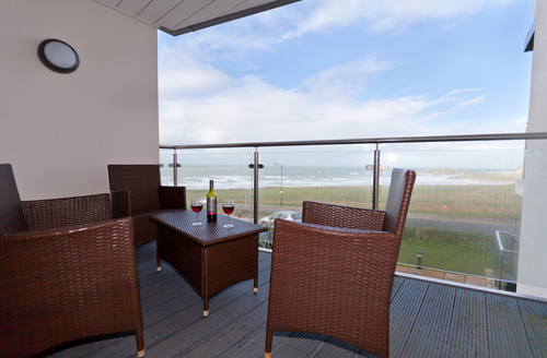 Snaptrip - Last minute cottages - Delightful Newquay Gate S918 -