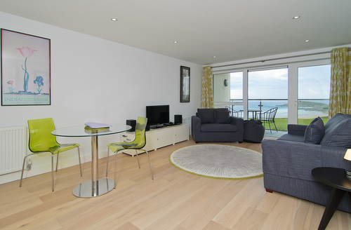 Snaptrip - Last minute cottages - Luxury Newquay Gate S930 -
