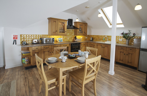 Snaptrip - Last minute cottages - Adorable Weymouth Cottage S952 -