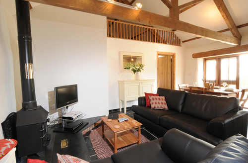 Snaptrip - Last minute cottages - Lovely Chulmleigh Smithy S985 -