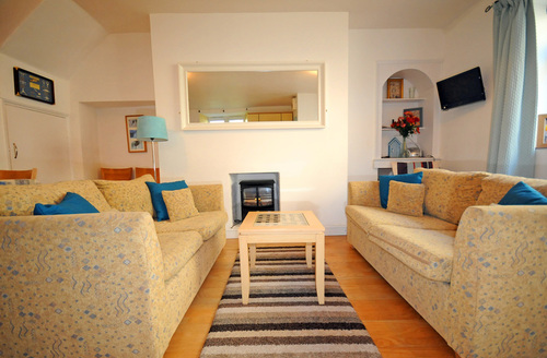 Snaptrip - Last minute cottages - Lovely Teignmouth Cottage S1063 -