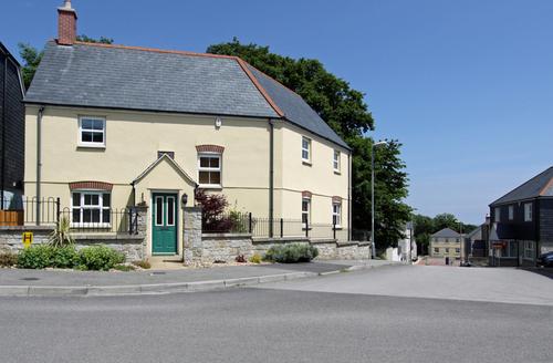 Snaptrip - Last minute cottages - Stunning Saint Austell Road S1064 -