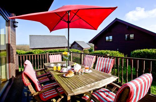 Snaptrip - Last minute cottages - Beautiful Saint Columb Lodge S1056 -