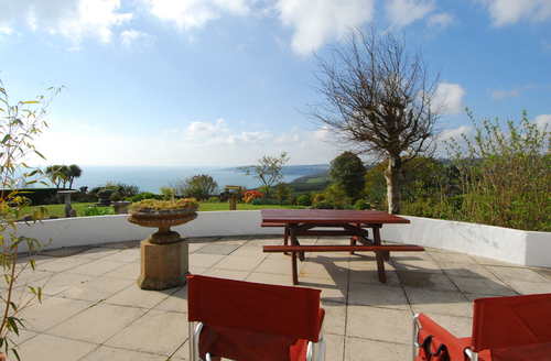 Snaptrip - Last minute cottages - Cosy Torquay Rental S1091 -