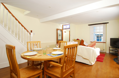 Snaptrip - Last minute cottages - Charming Brixham Cottage S1121 -