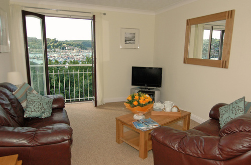 Snaptrip - Last minute cottages - Beautiful Dartmouth Wharf S1232 -