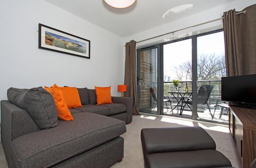 Snaptrip - Last minute cottages - Cosy Saint Austell Apartments S1286 -