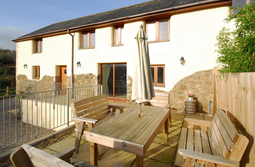 Snaptrip - Last minute cottages - Attractive Newton Abbot Cottage S1275 -
