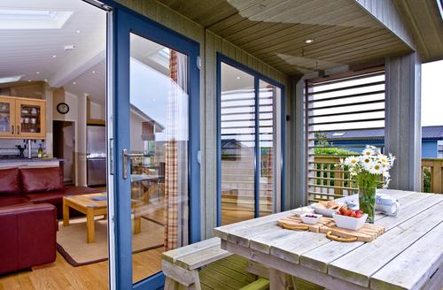 Snaptrip - Last minute cottages - Beautiful Kingsbridge Retreat S1315 -