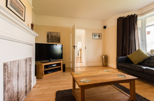 Snaptrip - Last minute cottages - Exquisite Brixham Rental S1351 -
