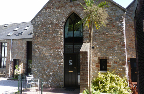 Snaptrip - Last minute cottages - Charming Torquay Gables S1420 -
