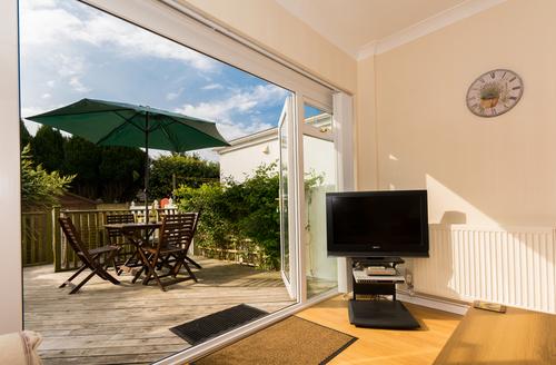 Snaptrip - Last minute cottages - Quaint Brixham Rental S1399 -
