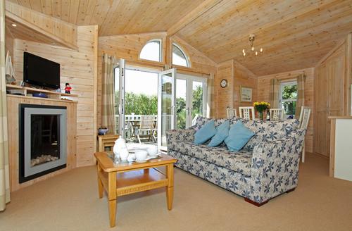 Snaptrip - Last minute cottages - Adorable Padstow Towans S1429 -