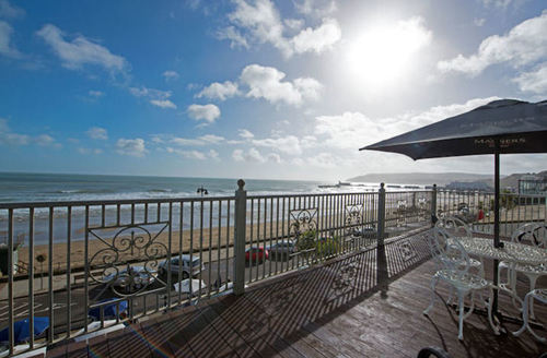 Snaptrip - Last minute cottages - Superb Sandown  S1473 -