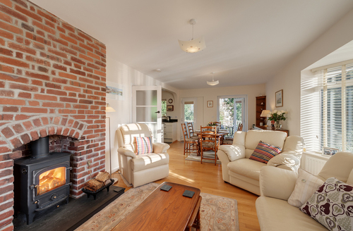 Snaptrip - Last minute cottages - Charming Brixham Rental S1478 -