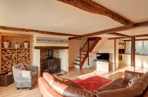 Snaptrip - Last minute cottages - Splendid Liskeard House S1477 -