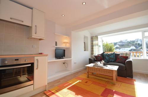Snaptrip - Last minute cottages - Beautiful Paignton One S1553 -