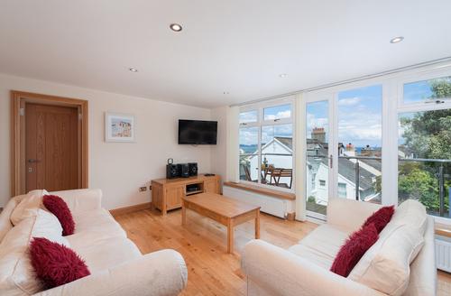 Snaptrip - Last minute cottages - Stunning Brixham Rental S1749 -