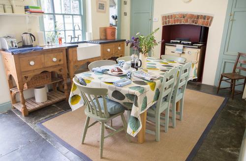 Snaptrip - Last minute cottages - Luxury Bideford House S1711 -
