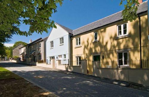 Snaptrip - Last minute cottages - Charming Saint Austell Mor S1771 -