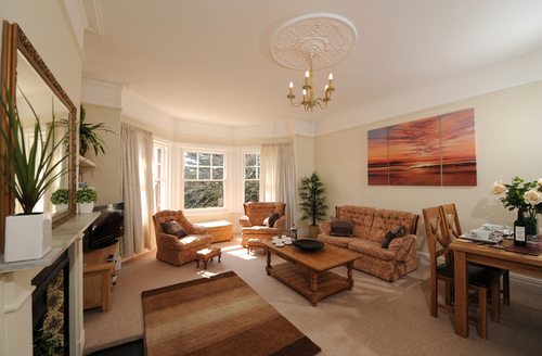 Snaptrip - Last minute cottages - Tasteful Exmouth Knutsford S1777 -
