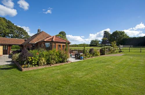 Snaptrip - Last minute cottages - Adorable Ventnor Vie S1795 -