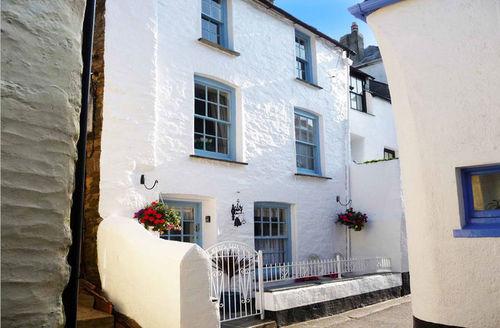 Snaptrip - Last minute cottages - Exquisite Looe Cottage S1796 -